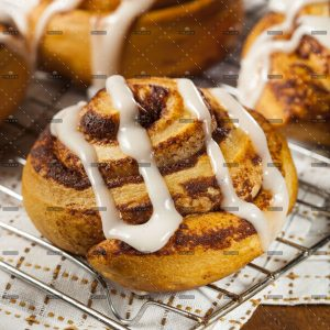 demo-attachment-655-op_homemade-cinnamon-roll-pastry-P7DUHPH